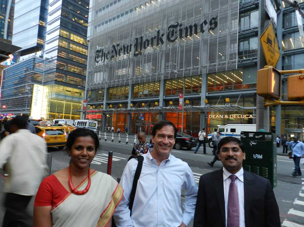 2015 delegation with New York Times Politics Editor Gerry Mullany.