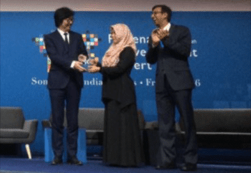 Perludem accepts award at Open Government Award ceremony