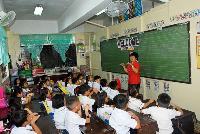 Congested classroom in the Philippines